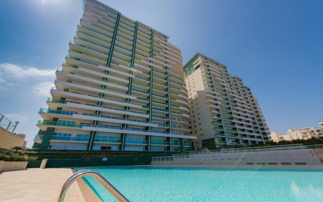 Отель Seafront Luxury Apartment Incl Pool Мальта, Слима - отзывы, цены и фото номеров - забронировать отель Seafront Luxury Apartment Incl Pool онлайн вид на фасад