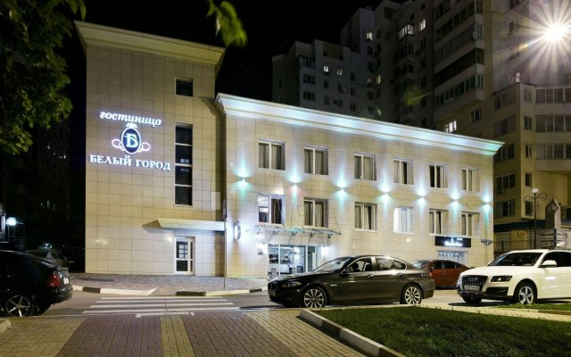 Гостиница Белый Город в Белгороде - забронировать гостиницу Белый Город, цены и фото номеров Белгород вид на фасад