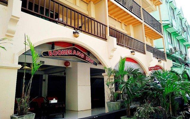 Отель Boomerang Inn вид на фасад