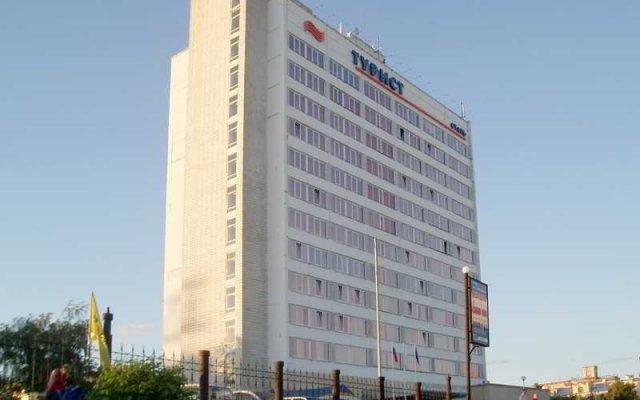Гостиница Турист вид на фасад