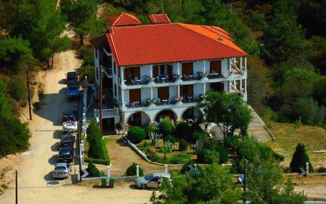 Отель Pantheon Studios Apartments Греция, Тасос - отзывы, цены и фото номеров - забронировать отель Pantheon Studios Apartments онлайн вид на фасад