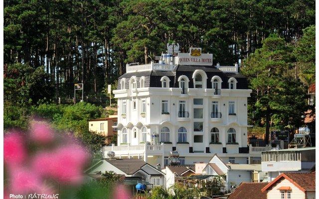 Queen Villa Hotel Далат вид на фасад