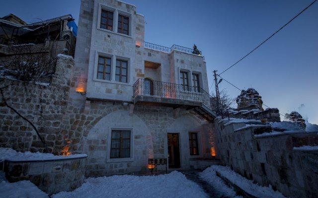 Luna Cave Hotel вид на фасад