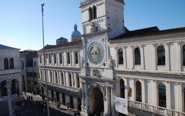 Отель Diamantino Town House Италия, Падуя - отзывы, цены и фото номеров - забронировать отель Diamantino Town House онлайн вид на фасад