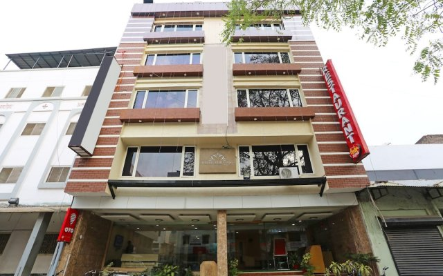 Capital O 1547 Hotel The Oasis in Bhopal, India from 36$, photos, reviews - zenhotels.com hotel front