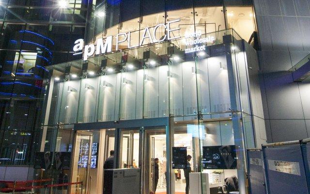 Отель aPM Residence вид на фасад