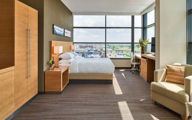 Отель Hyatt Place Amsterdam Airport Нидерланды, Хофддорп - 5 отзывов об отеле, цены и фото номеров - забронировать отель Hyatt Place Amsterdam Airport онлайн вид на фасад