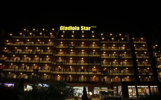 Hotel Gladiola Star вид на фасад