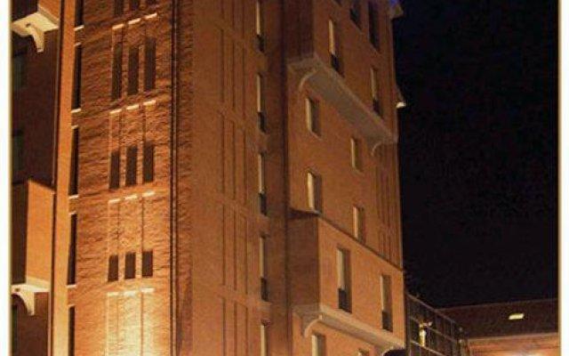 Отель Tomas вид на фасад