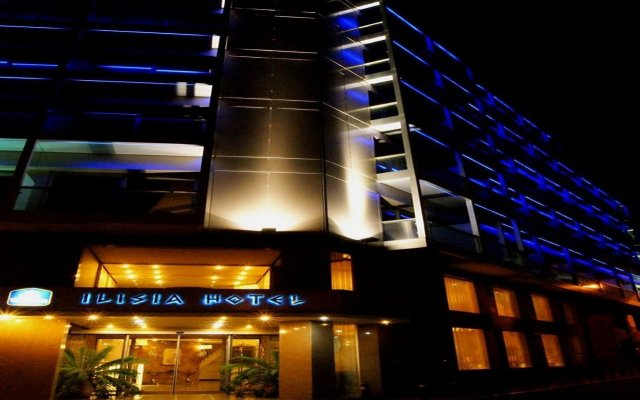 Отель Ilisia Афины вид на фасад