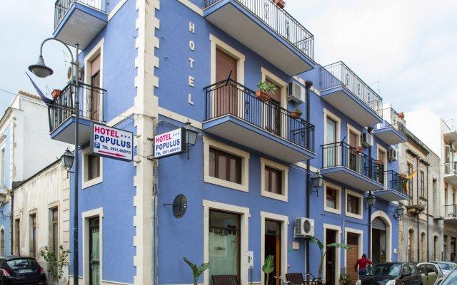 Отель Populus Affitta Camere Сиракуза вид на фасад