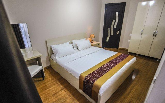 Отель «Аиси»