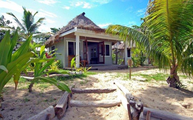 Отель Blue Lagoon Beach Resort Фиджи, Матаялеву - отзывы, цены и фото номеров - забронировать отель Blue Lagoon Beach Resort онлайн вид на фасад