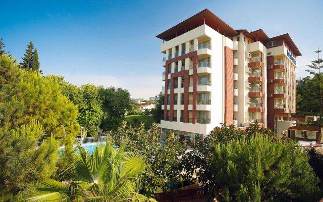 Отель Sirma вид на фасад
