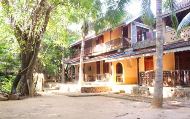 Отель Gem River Edge - Eco home and Safari вид на фасад