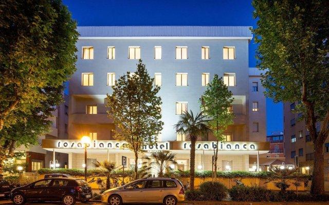 Hotel Rosabianca вид на фасад