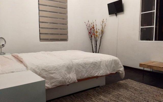Отель Suite Regina 94 Мехико комната для гостей