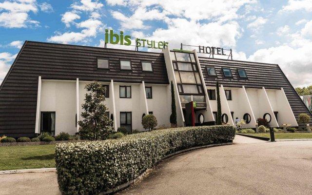 Отель Ibis Styles Toulouse Labège Франция, Лабеж - отзывы, цены и фото номеров - забронировать отель Ibis Styles Toulouse Labège онлайн вид на фасад