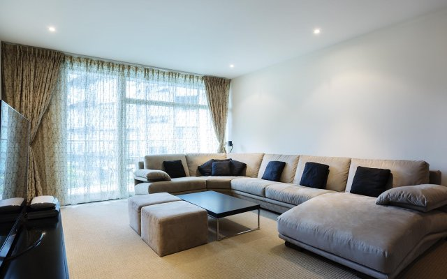 Veeve  - Luxury 2 Bedroom Apartment - Chelsea Bridge Wharf