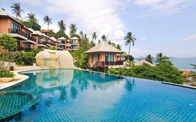 Отель Samui Cliff View Resort & Spa бассейн