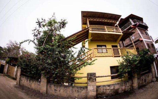 Отель Paradise by Dharma вид на фасад