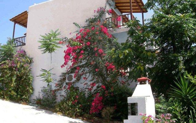 Отель 123 Soleil Studios вид на фасад