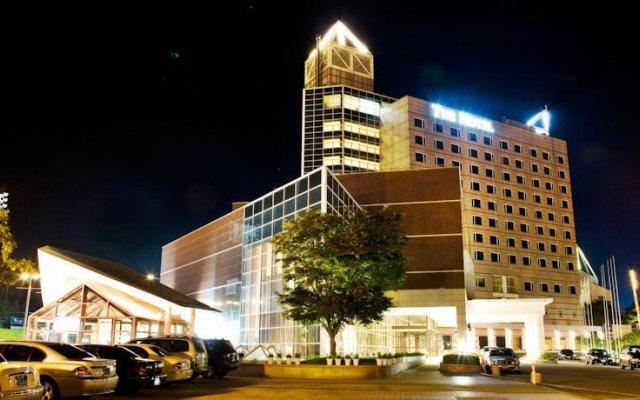 Отель Phoenix Park The Hotel & Condominium Южная Корея, Пхёнчан - отзывы, цены и фото номеров - забронировать отель Phoenix Park The Hotel & Condominium онлайн вид на фасад