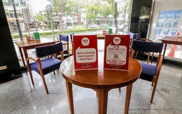Отель Nida Rooms Bang Rak Vacation интерьер отеля