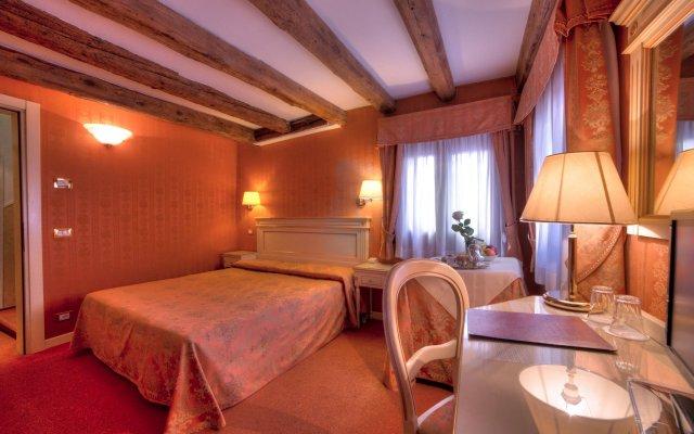 Отель Lanterna Di Marco Polo Италия, Венеция - отзывы, цены и фото номеров - забронировать отель Lanterna Di Marco Polo онлайн комната для гостей
