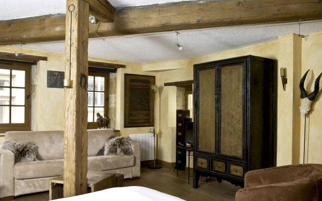 Отель Le Petit Tramassac Франция, Лион - отзывы, цены и фото номеров - забронировать отель Le Petit Tramassac онлайн комната для гостей