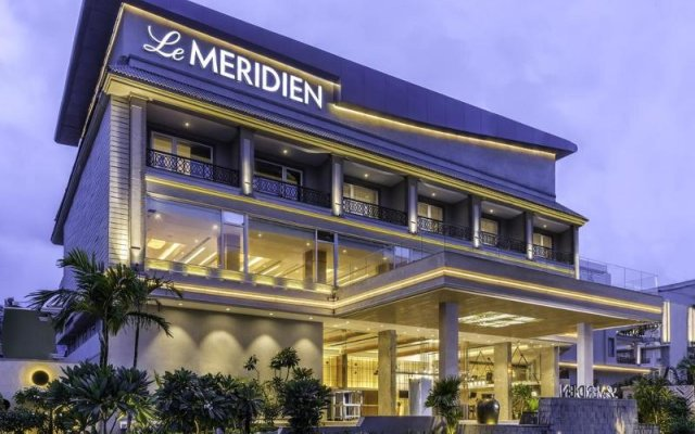 Отель Le Meridien Goa Calangute вид на фасад