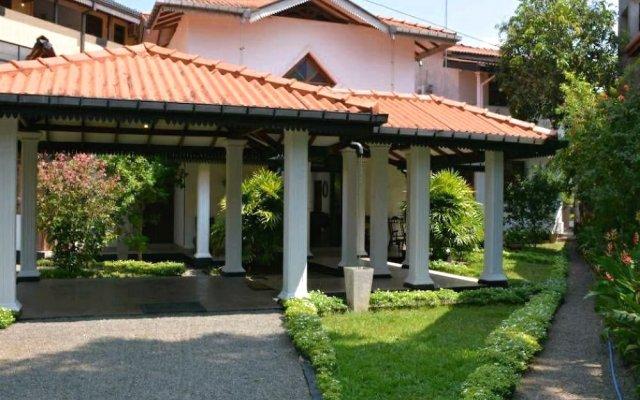 Отель Arcadia Resort - Hikkaduwa вид на фасад