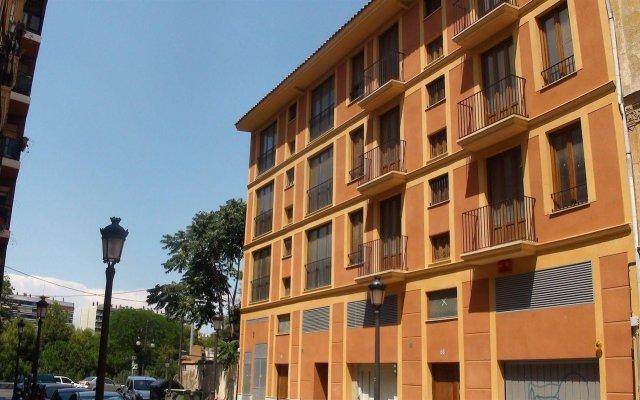 Отель Holastays Jardines Del Turia Испания, Валенсия - отзывы, цены и фото номеров - забронировать отель Holastays Jardines Del Turia онлайн вид на фасад