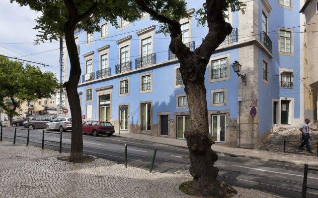 Апартаменты Hello Lisbon Castelo Apartments вид на фасад