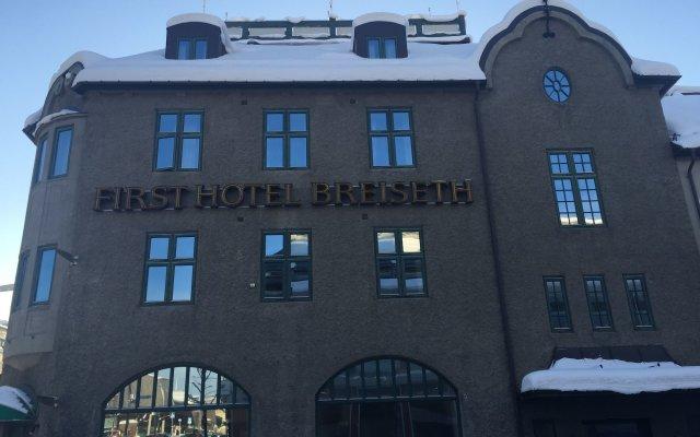 First Hotel Breiseth вид на фасад