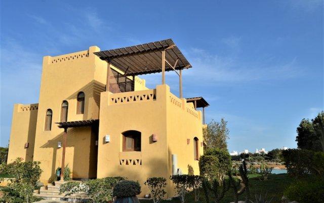 Отель El Gouna Villa 2 bedrooms with Garden вид на фасад