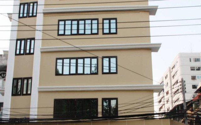 The Privi Hotel вид на фасад