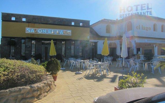 Hotel Restaurante El Lago вид на фасад