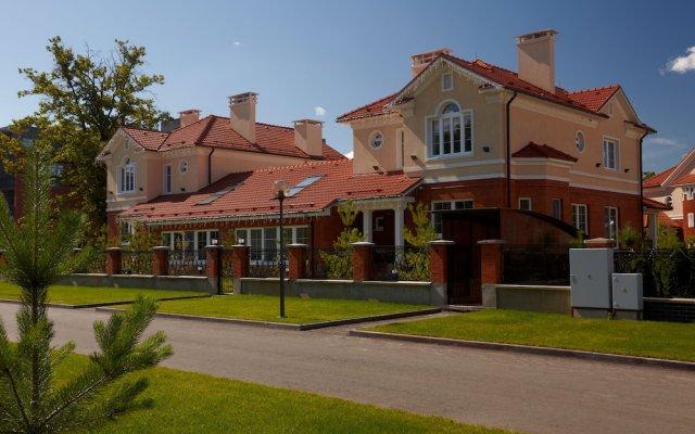 Гостиница ВеличЪ Country Club вид на фасад