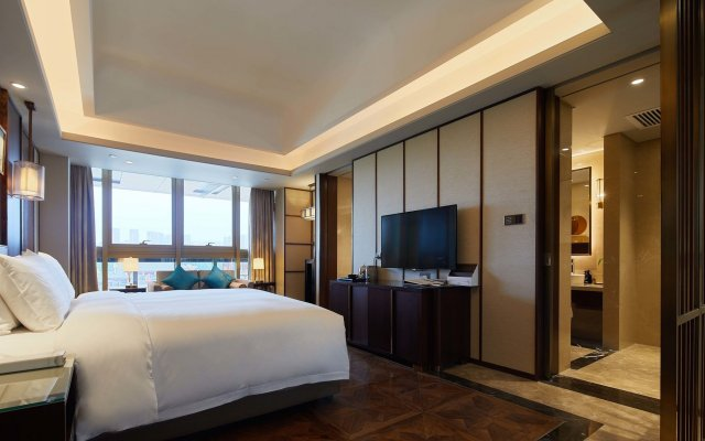 Fu Rong Ge Hotel