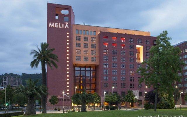 Hotel Melia Bilbao вид на фасад