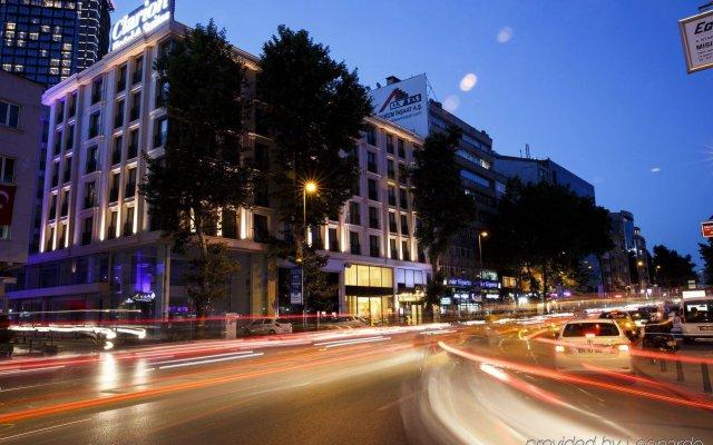 Grand Aras Hotel & Suites Турция, Стамбул - отзывы, цены и фото номеров - забронировать отель Grand Aras Hotel & Suites онлайн вид на фасад