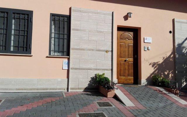 Отель L'Angoletto Casa Vacanze вид на фасад
