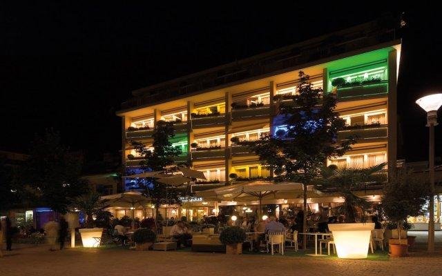 Отель Aurora Италия, Горнолыжный курорт Ортлер - отзывы, цены и фото номеров - забронировать отель Aurora онлайн вид на фасад