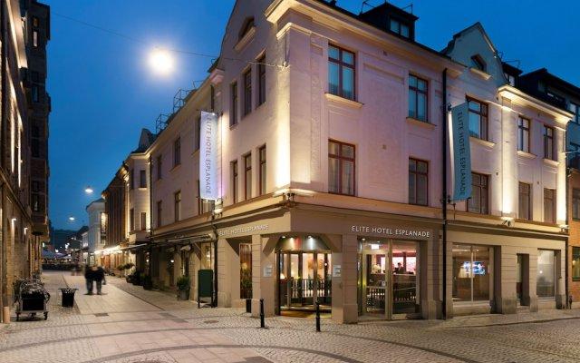Отель Elite Hotel Esplanade Швеция, Мальме - отзывы, цены и фото номеров - забронировать отель Elite Hotel Esplanade онлайн вид на фасад