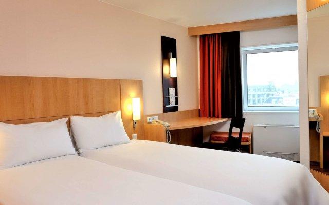 Отель Ibis Amsterdam Centre Амстердам комната для гостей