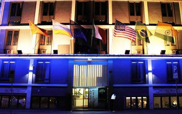Viva Hotel Milano Милан вид на фасад