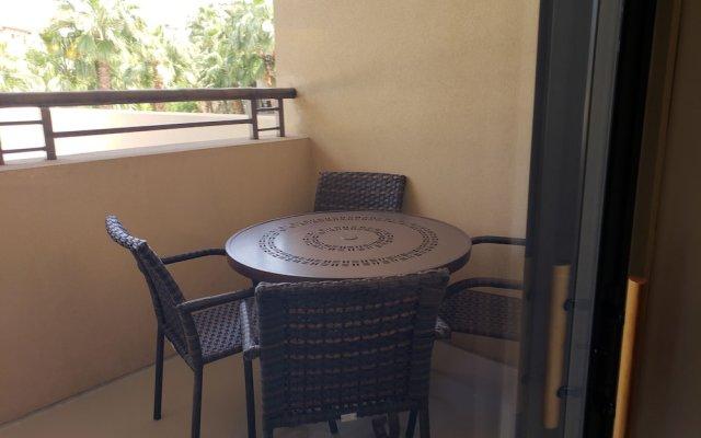 Отель Suites at the Tahiti Village США, Лас-Вегас - отзывы, цены и фото номеров - забронировать отель Suites at the Tahiti Village онлайн балкон
