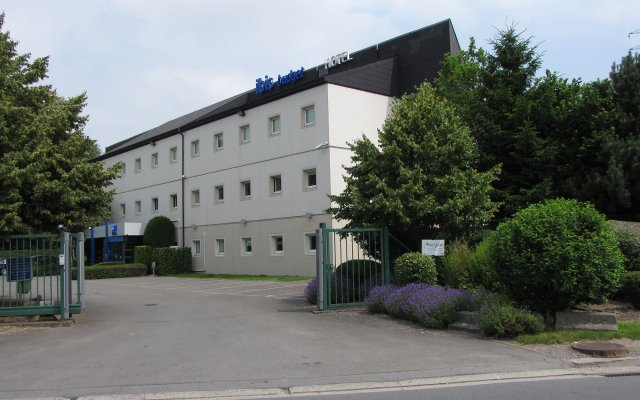 Отель Ibis Budget Liège вид на фасад