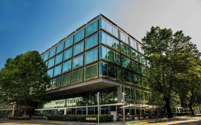 Отель Park Hyatt Zurich вид на фасад